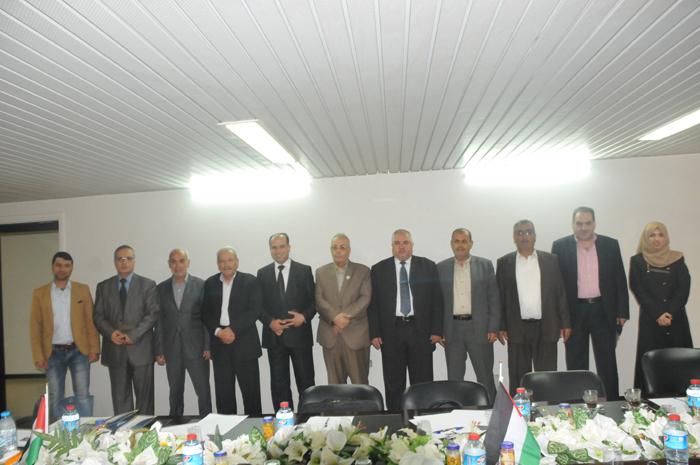 رئاسة الجامعة   تزورغرفة تجارة وصناعة غزة