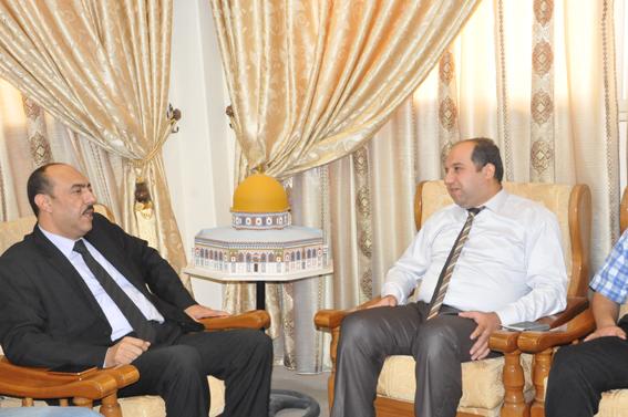 رئاسة جامعة الأمة تستقبل المفوض العام للهيئة العليا للعشائر في منظمة التحرير